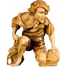 Herdsman kneeling 40 cm Serie Stained+tones maple