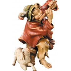 Herdsman knelling with flute and lamb 10 cm Serie Colored maple