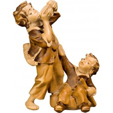 Children at the well 27 cm Serie Stained+tones maple
